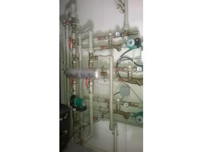 Три контура системы отопления со смесительными контурами и насосами Wilo